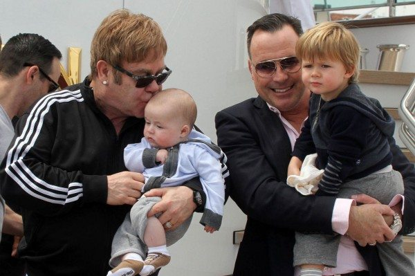 Elton-John-and-David-Furnish-hijos