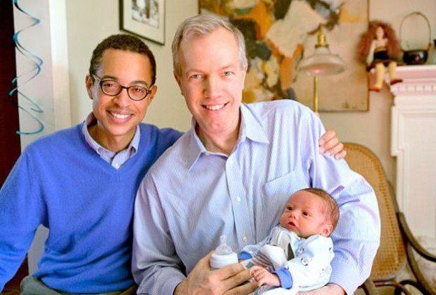embajador gay padre