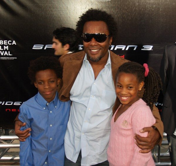 Lee_Daniels_and_children