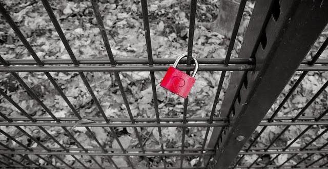 ¿Tener pareja o depender de tu pareja?