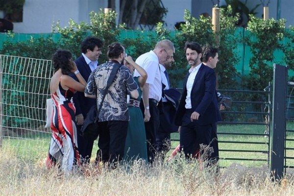 Eduardo Noriega junto con otros invitados a la ceremonia