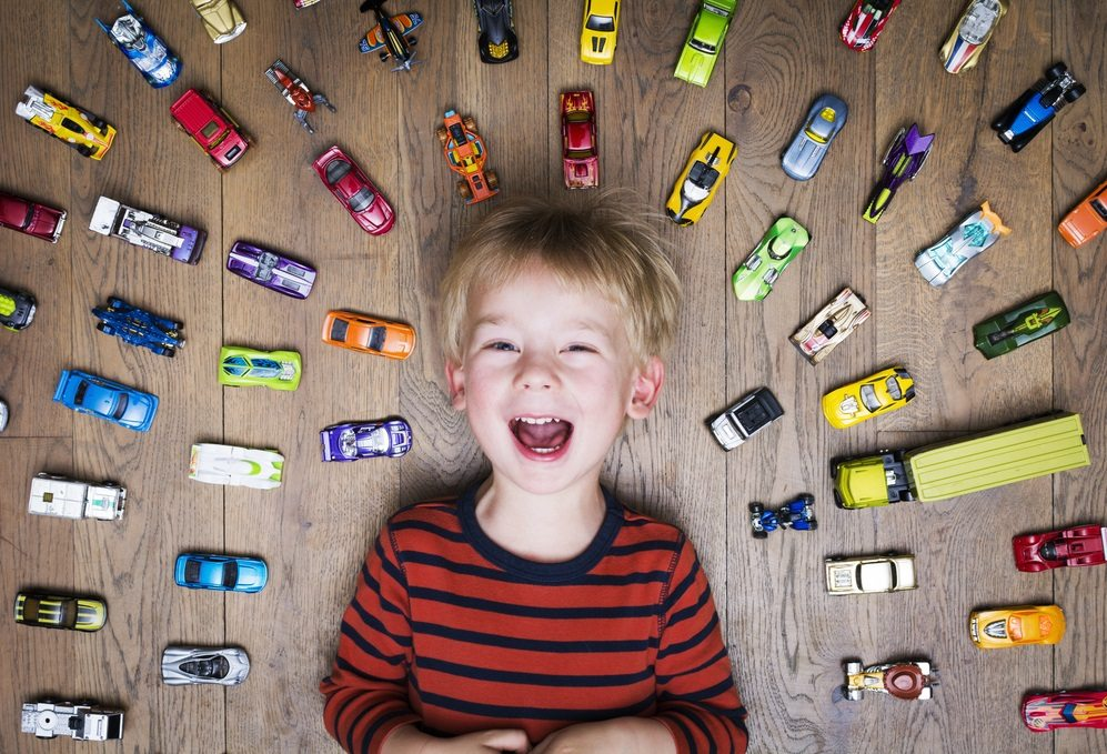 boy-and-his-car-toys