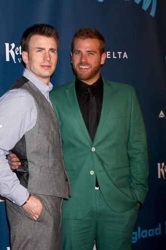 chris_evans_y_su_hermano