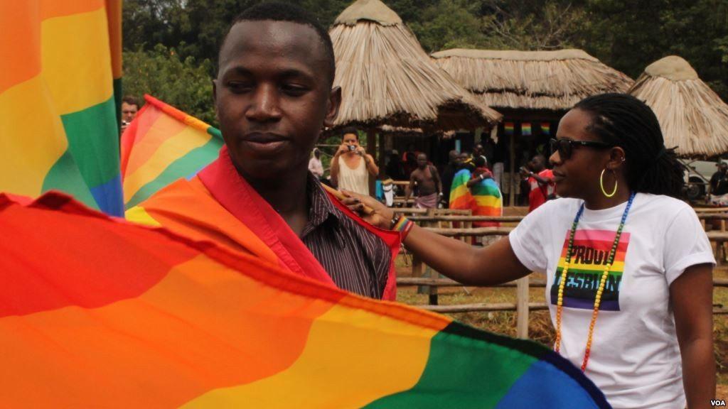 ORGULLO GAY PUEBLO AFRICANO