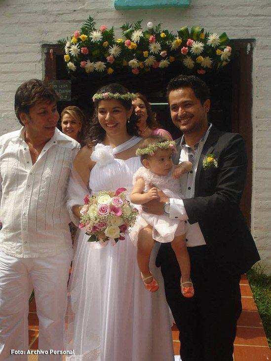 Deborah Villegas y sus dos papás