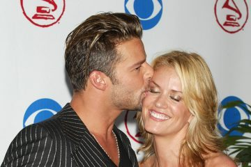 MIAMI - SEPTEMBER 3:  Singer Ricky Martin and girlfriend Rebecca De Alba arrive at the 4th Annual Latin Grammy Awards at the American Airlines Arena September 3, 2003 in Miami, Florida.  (Photo by Scott Gries/Getty Images)