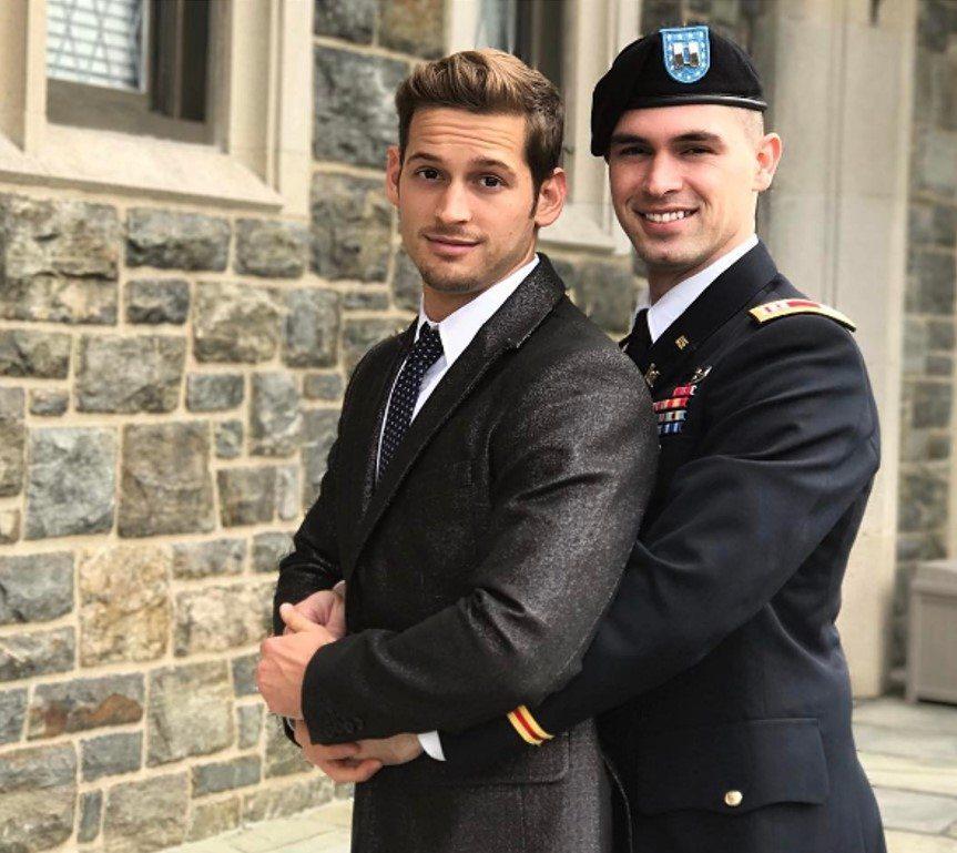 soldado gay