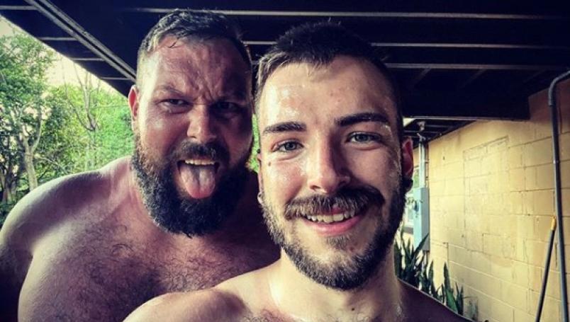 Mike Parrow luchador gay