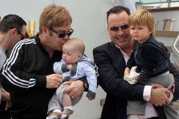 Elton-John-and-David-Furnish-hijos