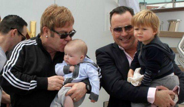 Elton-John-and-David-Furnish-e hijos