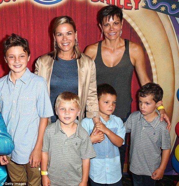 La pareja, el pasado año, junto a sus hijos Zoran, Caje, Thatcher, y Nash