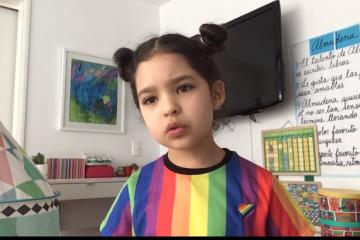 Almudena niña defiende Orgullo